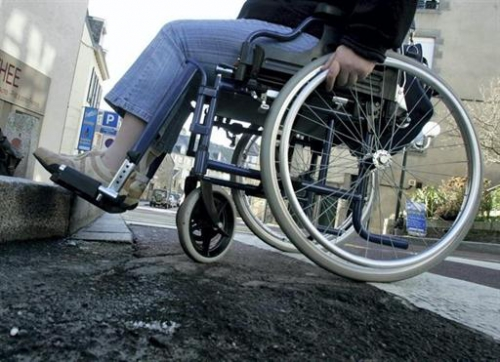 fauteuil trottoir.jpg